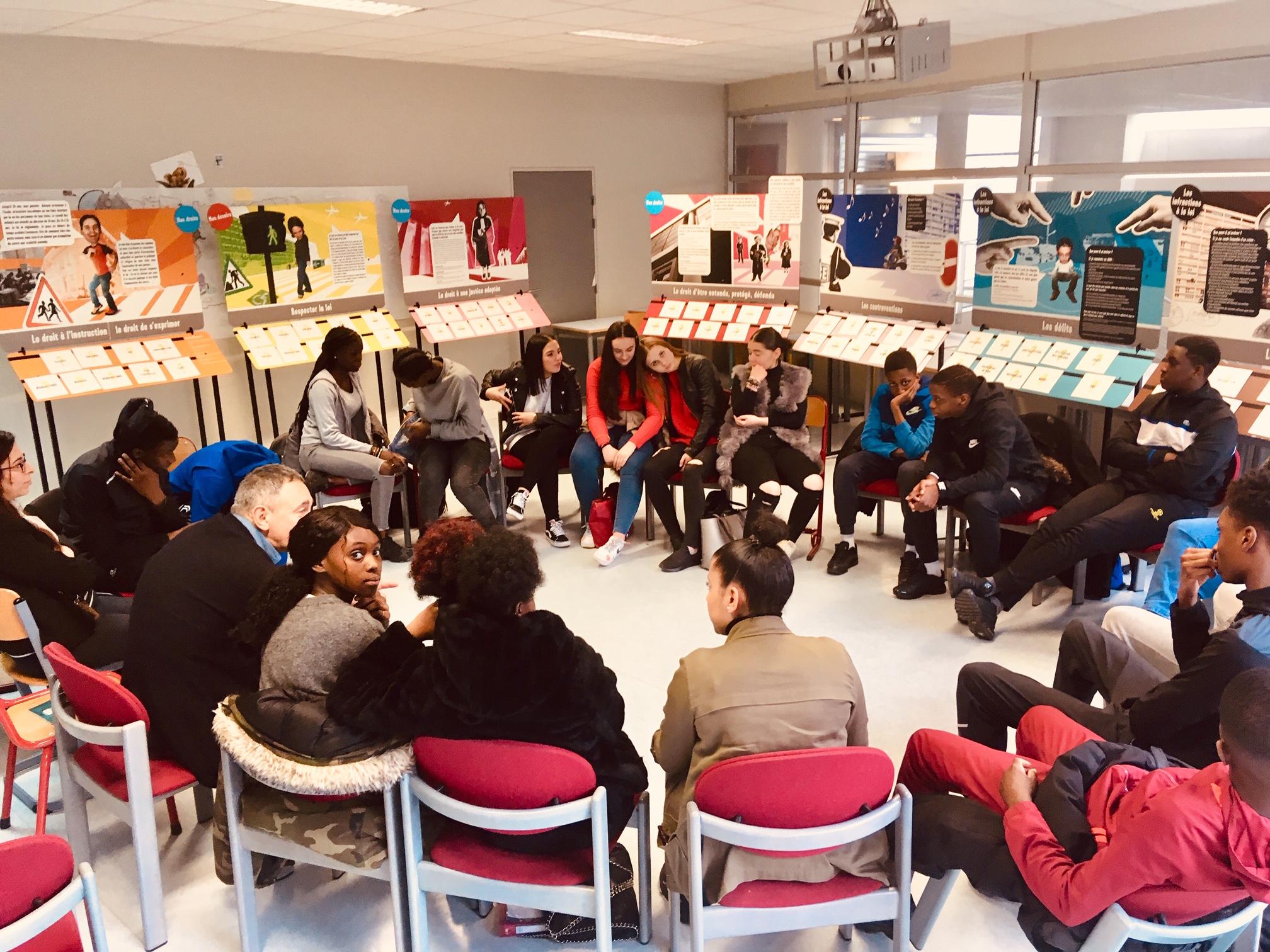 Expo Maison de la Justice au lycée Suger