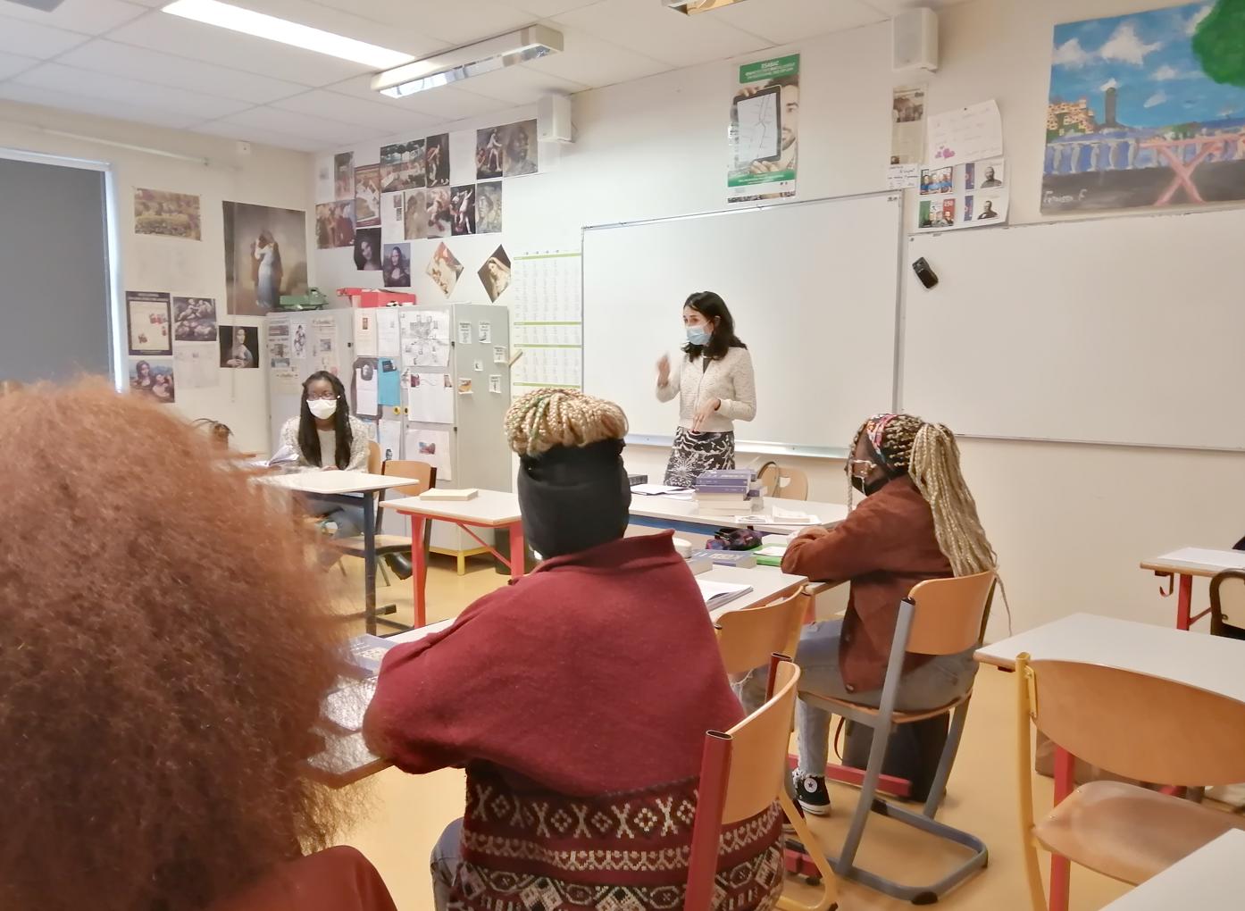 L'écrivaine italienne Lisa Ginzburg en résidence au lycée Suger