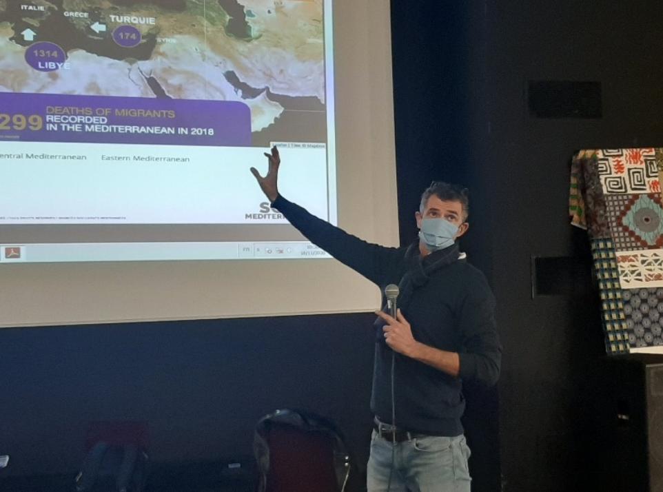 Revivez l'intervention de «SOS Méditerranée» grâce au live tweet des Esabac