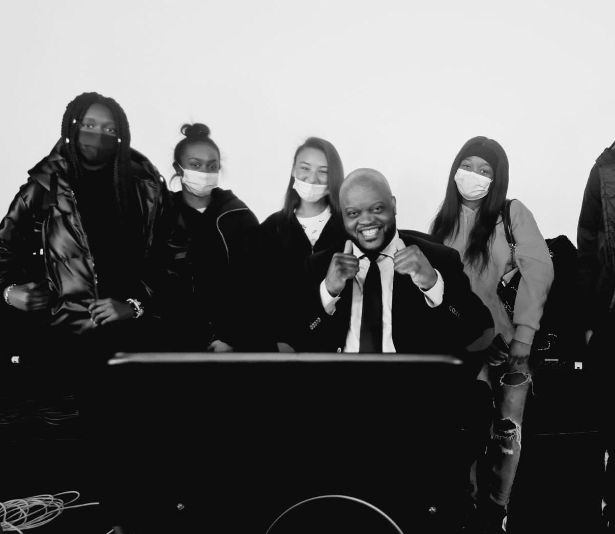 Citoyenneté : Les 1STMG ont rencontré Mr Bilel Mokono, ambassadeur du vivre-ensemble de la région Ile de France